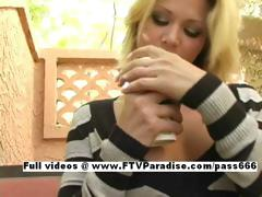 Svetlana finger licking...